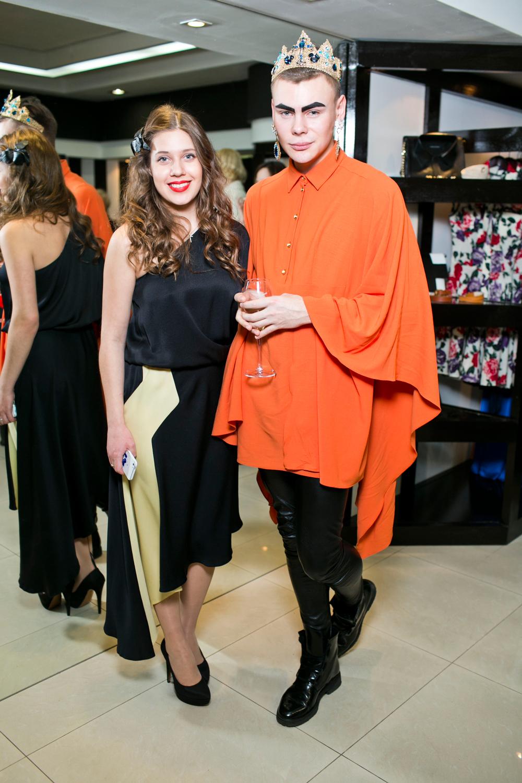 Певица Лоя в платье Dasha Gauser на открытии бутика Dasha Gauser в LOTTE PLAZA